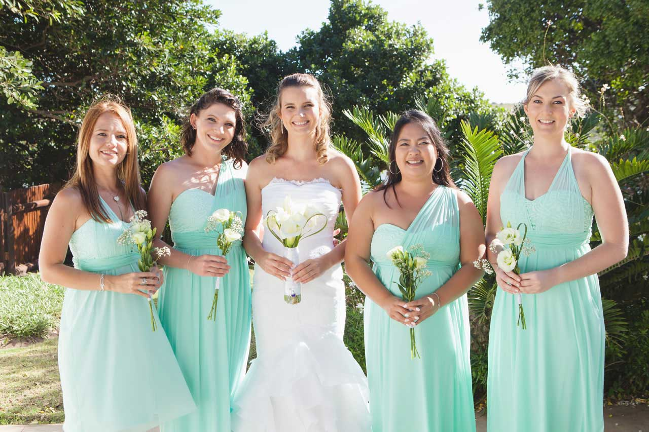 Woune Muller with her lovely bridesmaids